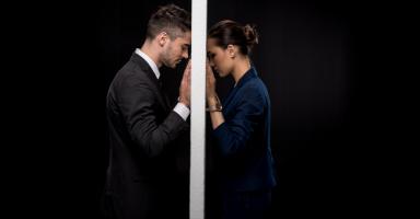 زوجي أصبح يكرهني بعد أن دخلت زوجة أخيه بيتنا