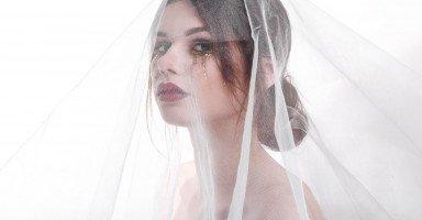 أجبرت ابنتي على الزواج من ابن خالها والسبب...