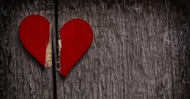كيف أستعيد ثقة حبيبي بي؟