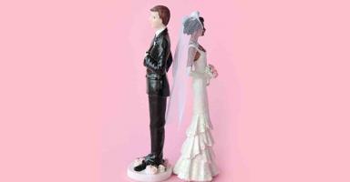 خطيبي وراءه سر ويماطل في موضوع الزواج