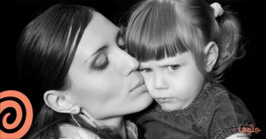 ماذا أفعل مع ابنتي التي تحرجني دائماً