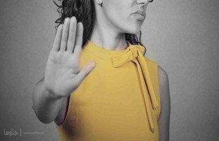 كيف أتخلص من الإهانات التي تحصل بيني وبين زوجي وأعود لبيتي وأولادي؟