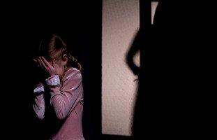 بنتي تخاف بالليل من الاشباح والقصص الخيالية