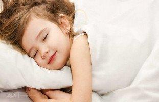 نوم ابنتي غير منتظم وهذا الشيء يرهقني
