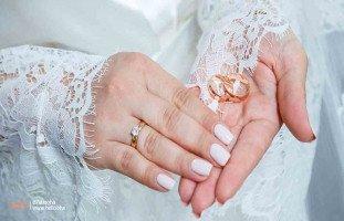 هل أطلب الطلاق من زوج خانني، وأتزوج بطليق ابنة خالتي الميسور؟