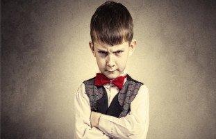 تصرفات أولادي تتغير للأسوأ، كيف أتعامل معهم؟
