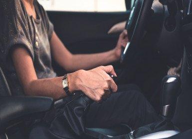 عملت سائقة لأنقذ أطفالي وتعلمت أن لكل مجتهد نصيب