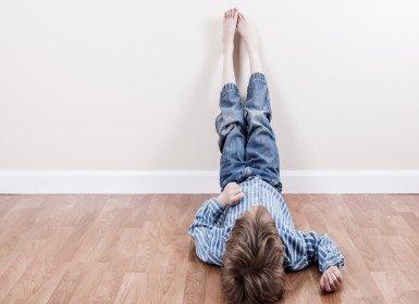 كيف أتحكم وأصلح تصرفات اخي الغير مهذبة