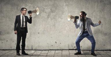 اختبار الجدال والمواجهة: هل تحب المواجهة في الجدال والنقاش؟