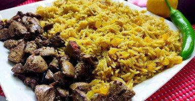 الرز المكرمل بالخلطة مع الكبدة